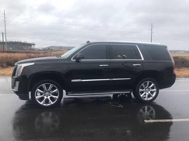 2015 Cadillac Escalade Luxury [0]
