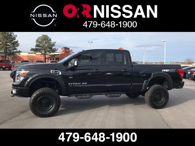 2017 Nissan Titan Xd PRO-4X [1]