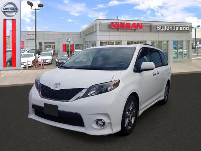 2013 Toyota Sienna SE [7]