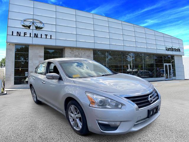 2014 Nissan Altima 2.5 SV [0]