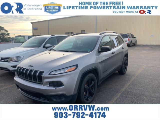 2016 Jeep Cherokee Altitude [8]