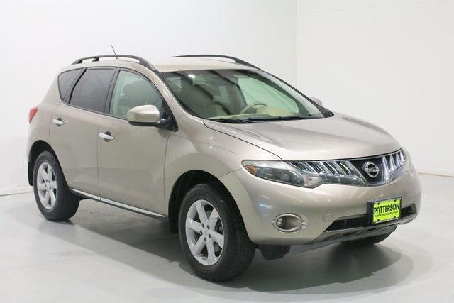 2010 Nissan Murano SL [1]
