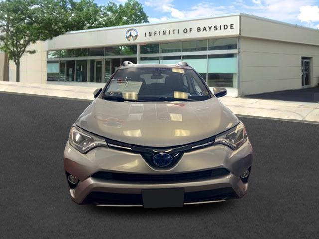 2018 Toyota Rav4 Hybrid XLE [24]