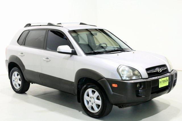 2005 Hyundai Tucson GLS [1]