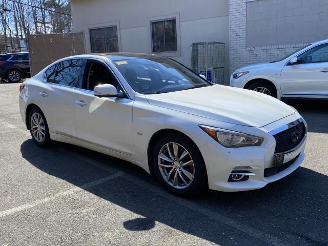2017 INFINITI Q50 3.0t Premium AWD [1]