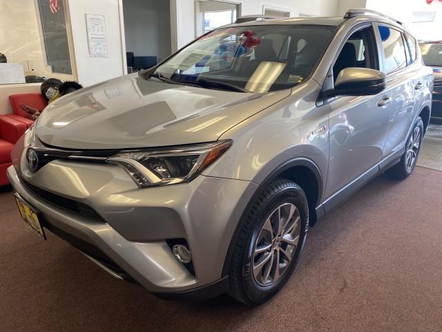 2018 Toyota Rav4 Hybrid XLE [18]