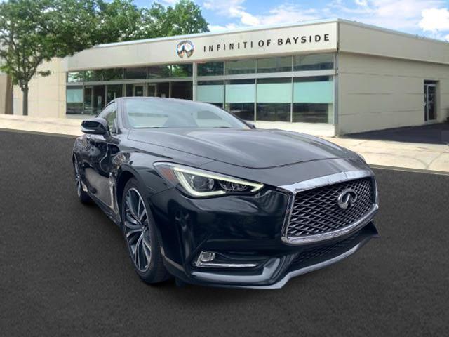 2017 INFINITI Q60 3.0t Premium AWD [1]