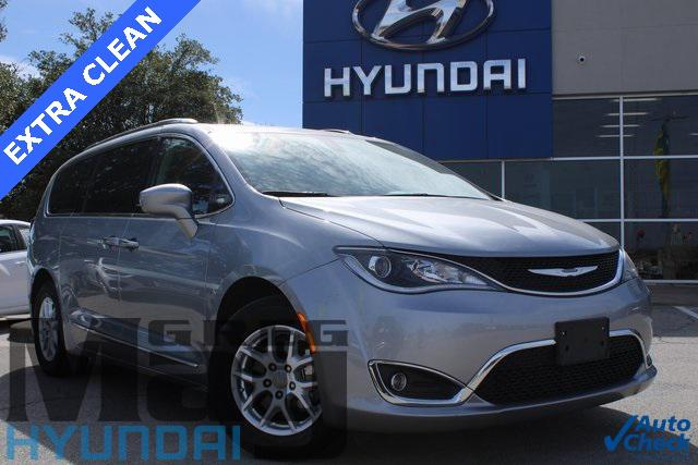 2020 Chrysler Pacifica Touring L [15]