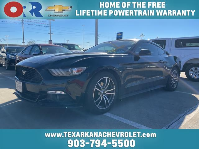 2015 Ford Mustang EcoBoost [3]