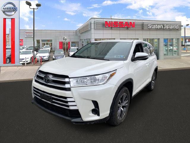 2019 Toyota Highlander LE [1]
