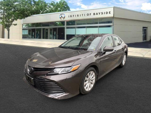 2019 Toyota Camry LE [4]