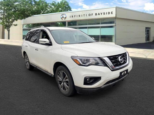 2017 Nissan Pathfinder SV [18]