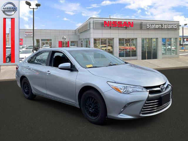 2017 Toyota Camry LE [19]