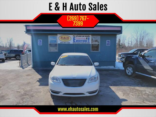 2014 Chrysler 200 LX for sale in South Haven, MI