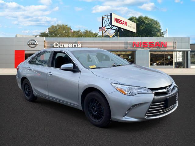 2017 Toyota Camry LE Automatic (Natl) [0]