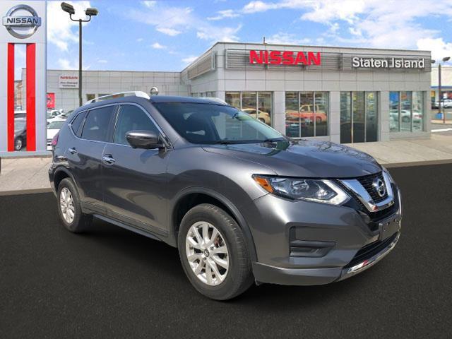 2017 Nissan Rogue SV [17]