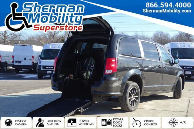 2018 Dodge Grand Caravan SE Plus for sale in Skokie, IL