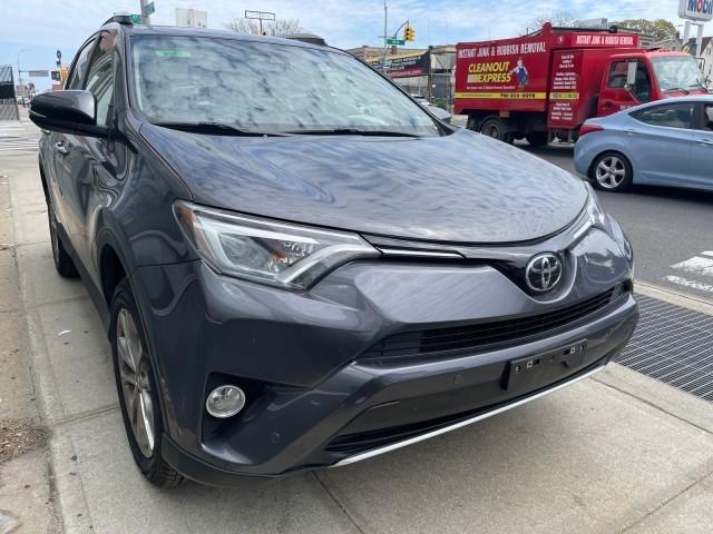 2016 Toyota RAV4 Limited [2]