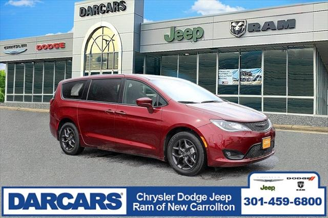 2020 Chrysler Pacifica Touring for sale in New Carrollton, MD