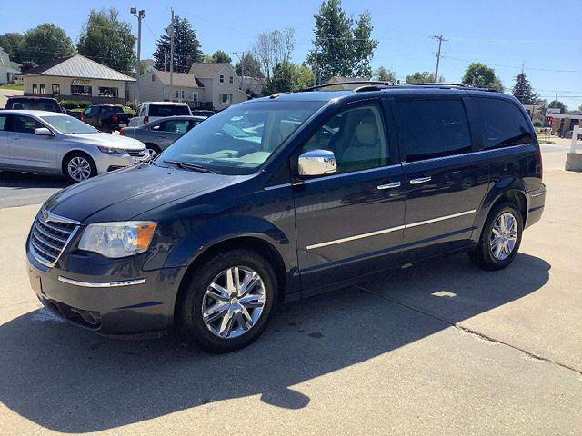 2008 Chrysler Town & Country Limited for sale in Waukon, IA