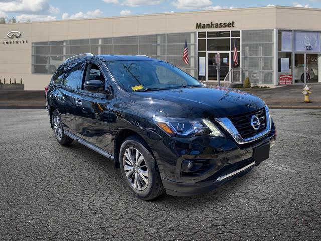 2018 Nissan Pathfinder SV [1]