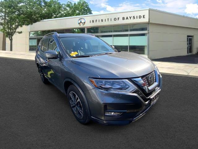 2017 Nissan Rogue SL [1]