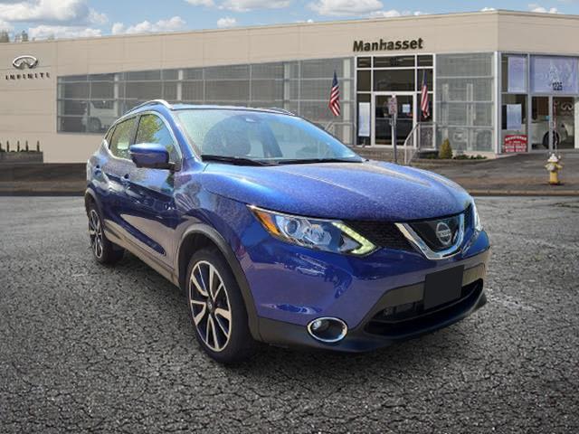 2018 Nissan Rogue Sport SL [1]