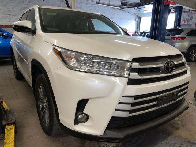 2018 Toyota Highlander XLE [15]