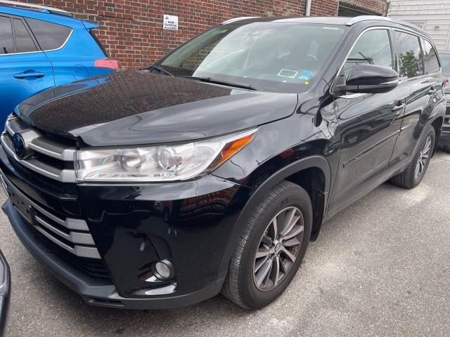 2017 Toyota Highlander XLE [1]