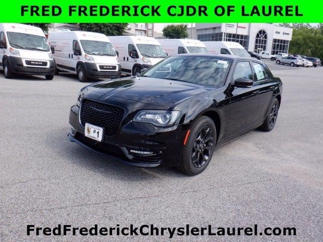2021 Chrysler 300 Touring L for sale in Laurel, MD