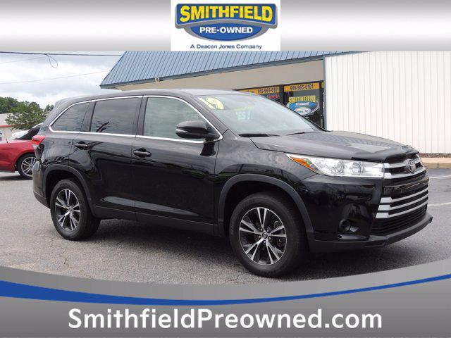 2019 Toyota Highlander LE for sale in Selma, NC