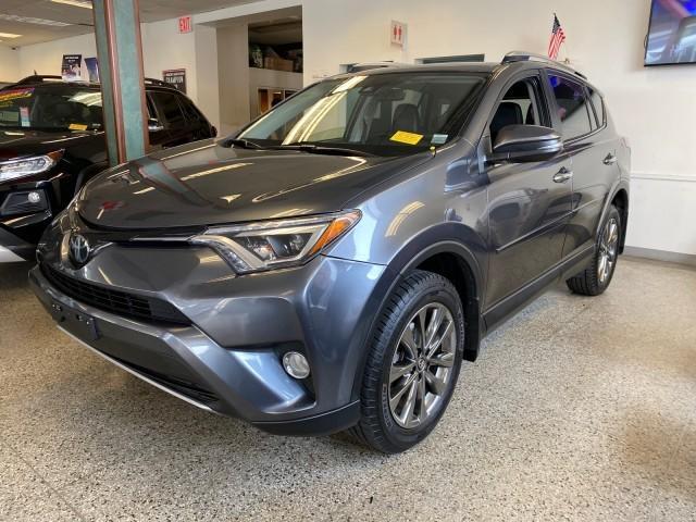 2018 Toyota RAV4 Limited [3]