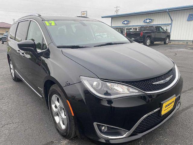 2017 Chrysler Pacifica Touring-L Plus for sale in Monona, IA