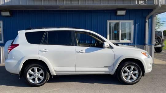 2011年丰田RAV4有限公司在伊利诺伊州内珀维尔出售