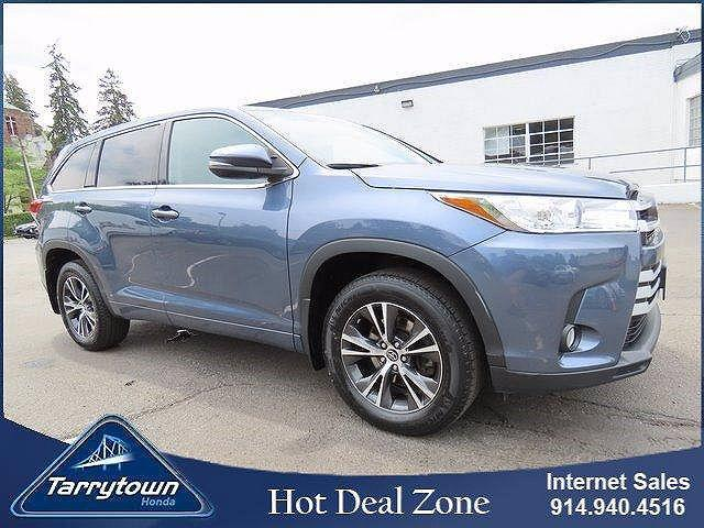 2018 Toyota Highlander LE for sale in Tarrytown, NY