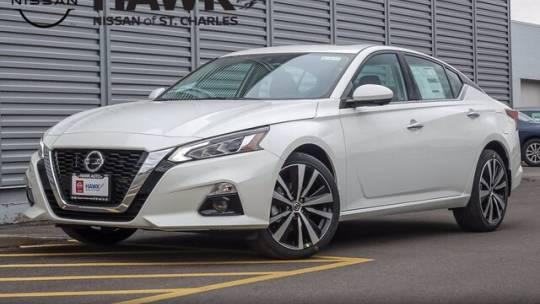 2021 Nissan Altima 2.5 Platinum for sale in St. Charles, IL