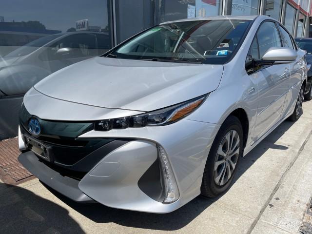 2020 Toyota Prius Prime XLE [2]