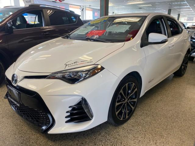 2017 Toyota Corolla SE [2]
