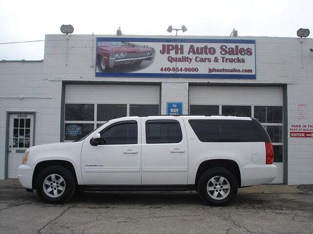 2010 GMC Yukon XL SLT for sale in Willowick, OH