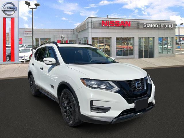 2017 Nissan Rogue SV [9]