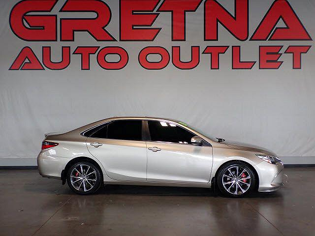 2015 Toyota Camry XLE for sale in Gretna, NE