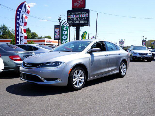 2015 Chrysler 200 Limited for sale in Portland , OR