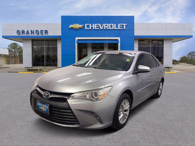 2017 Toyota Camry LE for sale in West Orange, TX