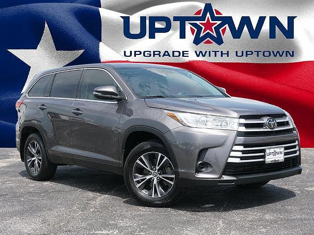 2019 Toyota Highlander LE for sale in Bedford, TX