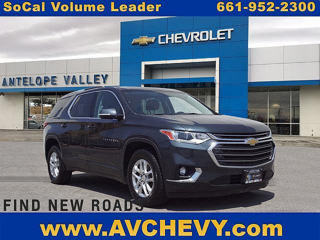 2018 Chevrolet Traverse LT Cloth for sale in Lancaster, CA