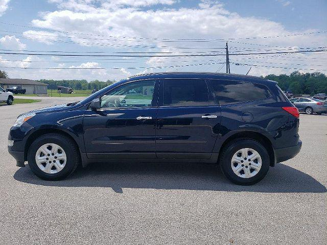 2011 Chevrolet Traverse LS for sale in Paulding, OH