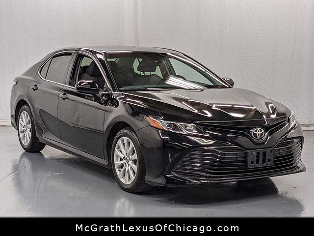 2018 Toyota Camry LE for sale in Chicago, IL