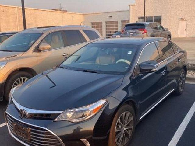 2018 Toyota Avalon XLE/XLE Plus/XLE Premium/Touring/Limited for sale in Hodgkins, IL