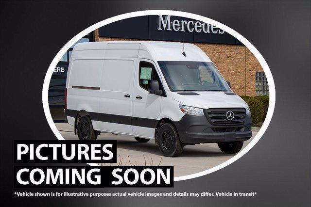 """2021 Mercedes-Benz Sprinter Cargo Van 500 Standard Roof I4 144"""" RWD for sale in Lake Bluff, IL"""