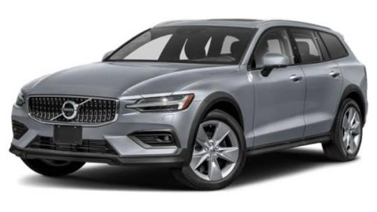 2022 Volvo V60 Cross Country T5 AWD for sale in Perrysburg, OH